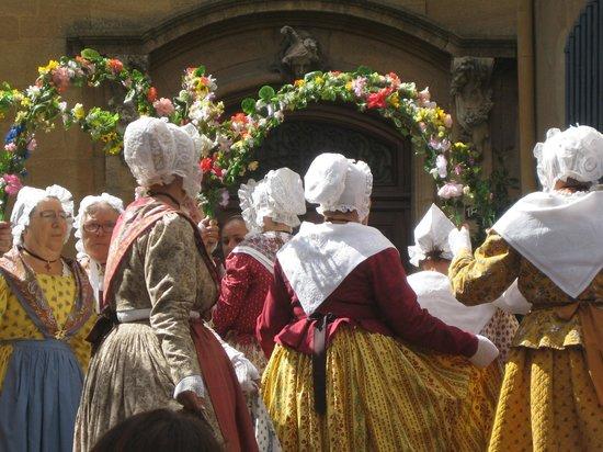 Discover Provence-Day Tours : Calisson Celebration - Aix-en-Provence