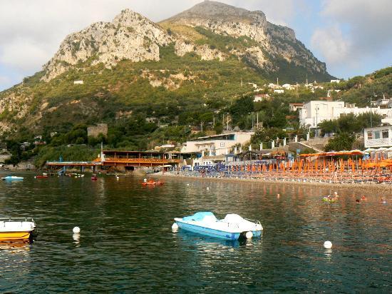 Punta Campanella Resort & Spa : Plage de Nerano