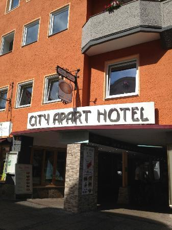 City Apart Hotel Fussen: Outside
