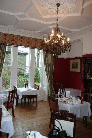 Ashmount Country House: dining room