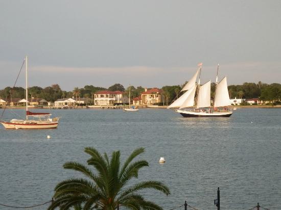 Hilton St. Augustine Historic Bayfront: Crusing