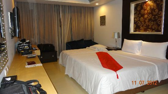 Admiral Premier Bangkok by Compass Hospitality: Notre chambre 7è étage (double avec lit supplémentaire)