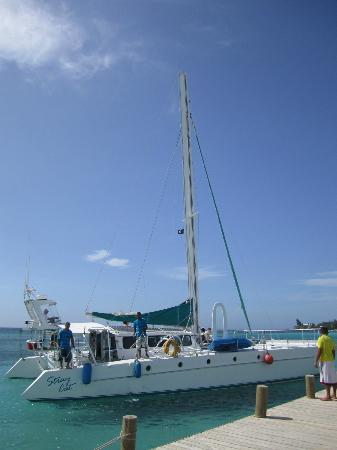 Infinity Bay Spa and Beach Resort: the catamaran for the half day sunset sail