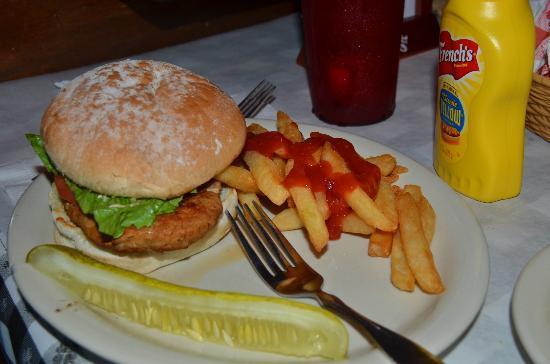 Cody's Original Roadhouse: Chicken Burger