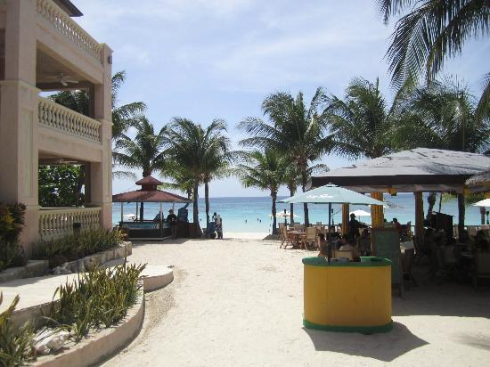Infinity Bay Spa and Beach Resort: La Palapa--restaurant with the beach in the background
