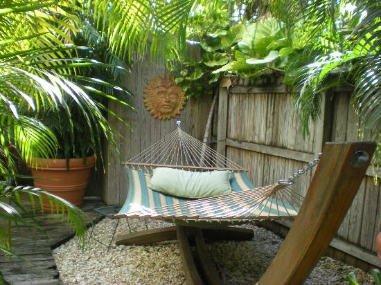 The Grand Guesthouse: Hammock in the Patio
