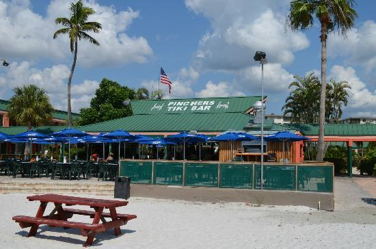 Travelers who viewed Pinchers Crab Shack S. Fort Myers also viewed