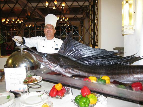 Club Med Ixtapa Pacific : Impressive catch for dinner!