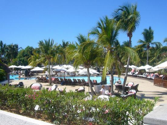 Club Med Ixtapa Pacific: View of the pools