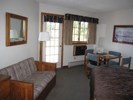 Grey Fox Inn & Resort: Room 35