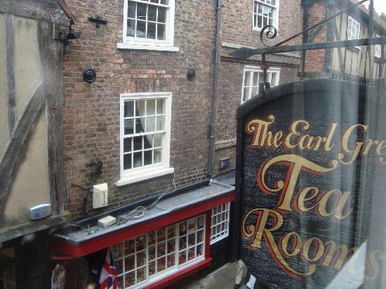 Earl Grey Tea Rooms: insegna sopra l'entrata