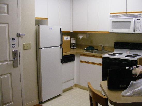 CrestHill Suites Syracuse: Cuisine
