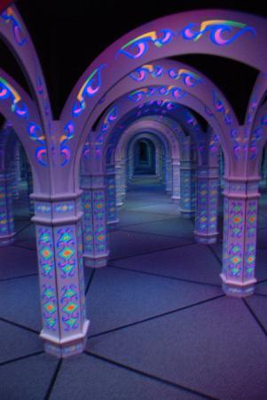 Emerald Coast Mirror Maze: Mirror Maze