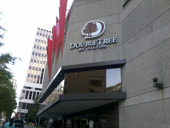 ‪دبل تري باي هيلتون ناشفيل داونتاون: doubletree downtown