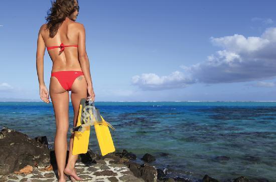 Sofitel Bora Bora Private Island: Path to coral garden