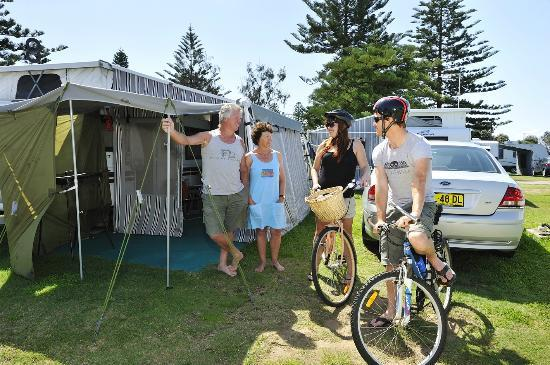 Stockton Beach Holiday Park: Great for camping