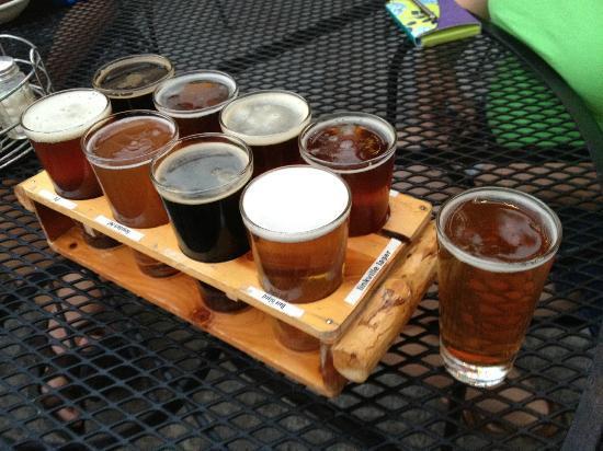 Klamath Basin Brewing Company : A beer sampler