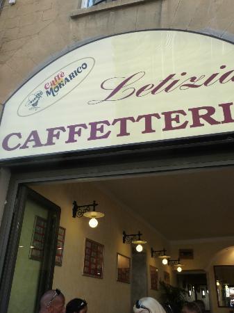Caffetteria Tavola calda Letizia: The Caffetteria Letizia entrance