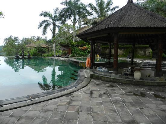 ปาโยกัน วิลล่า รีสอร์ท แอนด์ สปา: Hotel pool (we didn't use it...)