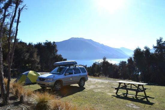 Lake Outlet Holiday Park: great camping here!
