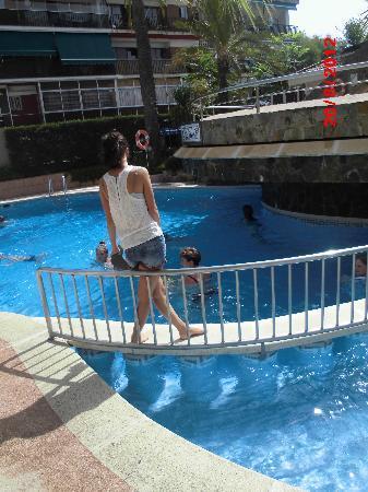 Sumus Hotel Monteplaya: Бассейн