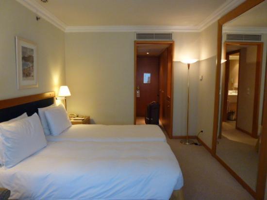 Metropolitan Hotel: Room