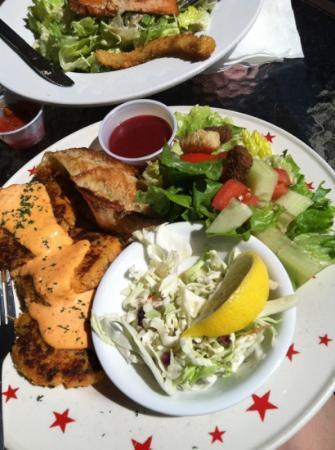 Bay Street Grill : crab cakes with red pepper aioli, coleslaw, and side salad with blackberry vinaigrette