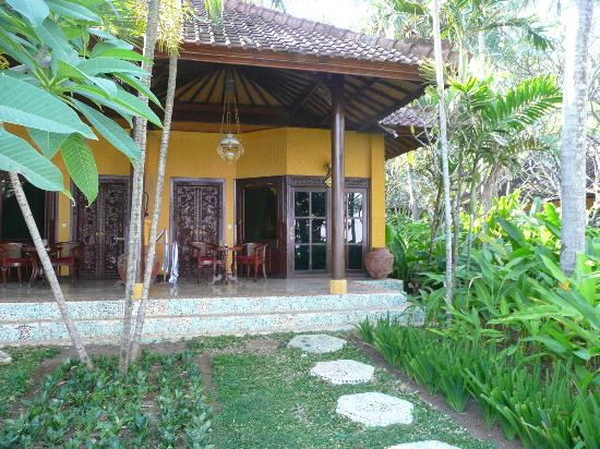 Alang-Alang Boutique Beach Hotel : Bungalow