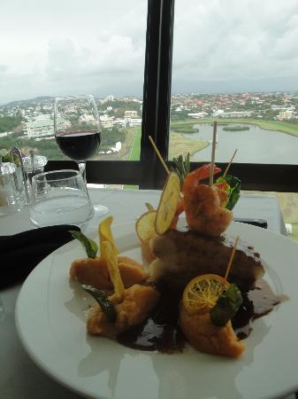 L'Entrecote Au 360 : Déjeuner avec vue panoramique