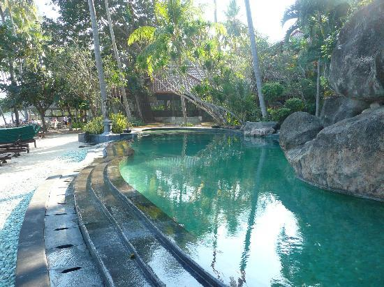 Alang-Alang Boutique Beach Hotel: Pool