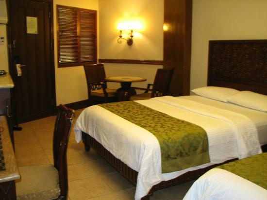 Boracay Regency Beach Resort & Spa: Room