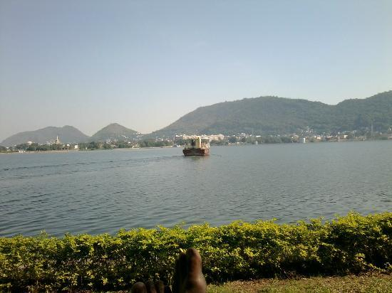 Bhavani Island Resort: View of the river with a ferry - from the grounds .Ferries ply from dawn till night