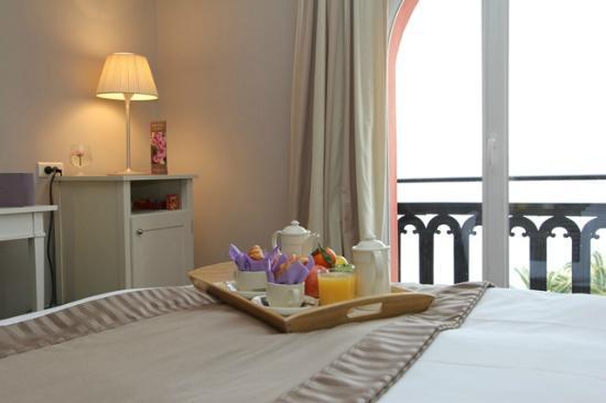 Hotel Suisse: Petit déjeuner en chambre