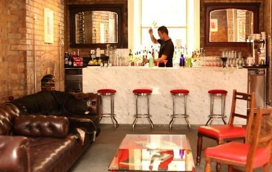 The Candle Bar Picture Of Kelly S Hotel Dublin Dublin
