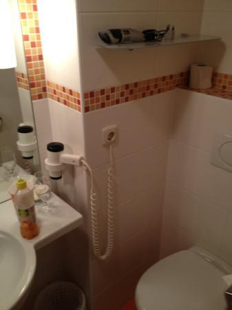 Pension Seeblick: bathroom