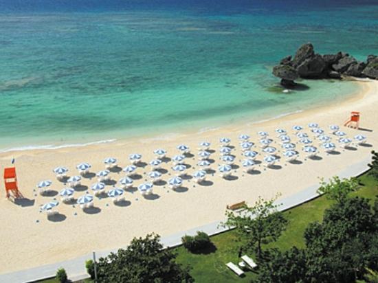 Hotel Nikko Alivila Yomitan Resort Okinawa: 目の前に広がるオキナワンブルー