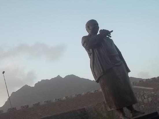 "Sao Vicente, Cape Verde: Cesaria Evora all'aeroporto ""Cesaria Evora"""