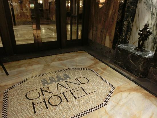 Le Meridien Grand Hotel Nurnberg: Eingang