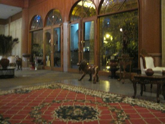 Yuzana Garden Hotel: Hotel