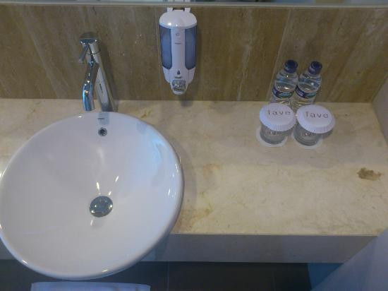 favehotel Pluit Junction: Toilet amenities