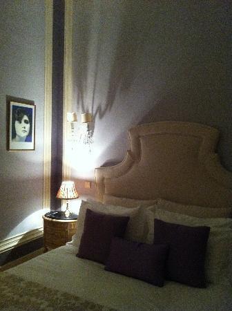Casa Amora Guesthouse: Quarto Florbela room 1