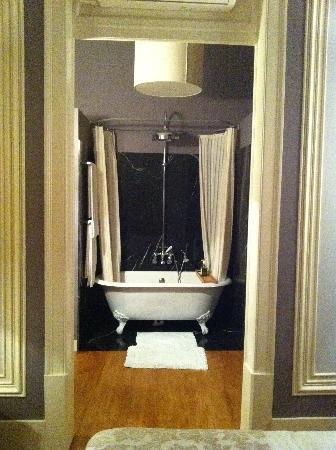 Casa Amora Guesthouse: Quarto Florbela room 2