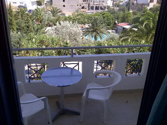 Neos Ikaros: camera con terrazzo