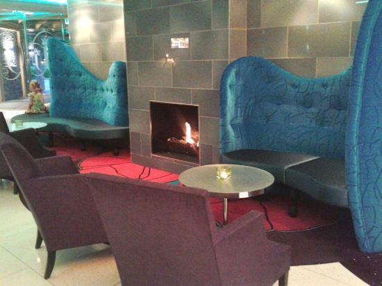 Hotel Jules: Lobby
