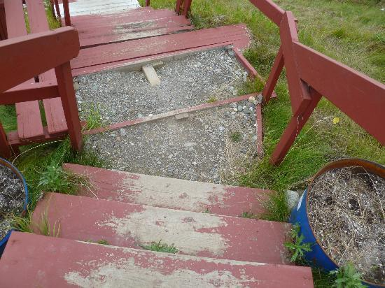 McKinley RV Park and Campground: Wooden steps