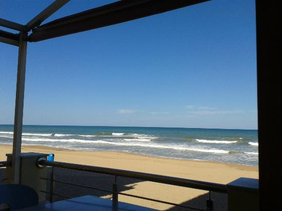 Alzimar Restaurant: vistas desde la terraza