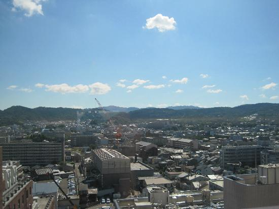 Hotel Keihan Kyoto: View from the 13th floor at breakfast time