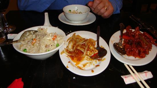 Yan Woo Restaurant: Yeung Chow rice, spicy squid & chilli chicken