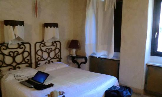 Cappuccini Franciacorta Resort: former Monastic Cell, now guest room
