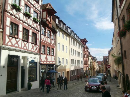 Hotel Burgschmiet: Nürnberg